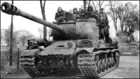 tanque pesado is 2 en acción