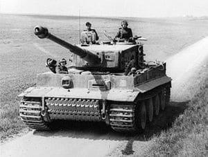 Panzer VI en servicio