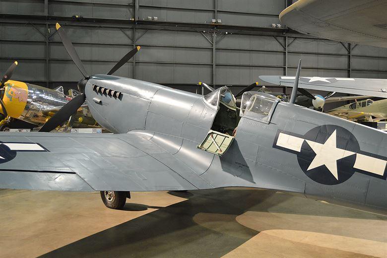 spitfire mk 2, caza spitfire, supermarine spitfire tipos de motor rolls-royce merlin