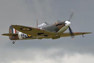 supermarine spitfire mk2, revell spitfire, simbolo spitfire
